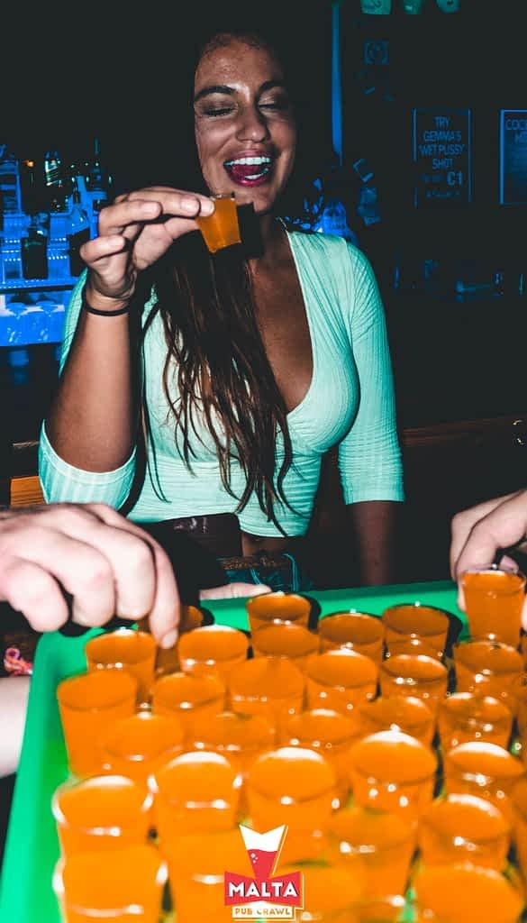 pub crawl malta